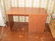 Продам стол письменный в идеальном состоянии.