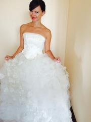 Девочки продам свадебное платье)