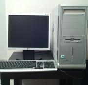 Компьютер с монитором,  клавиатурой и мышкой