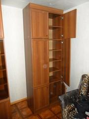 шкафы  из набора  б / у  5  штук для дома и офиса в отличном состоянии